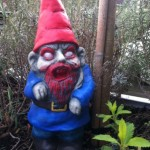 zombie-gnome-gartenzwerg-1